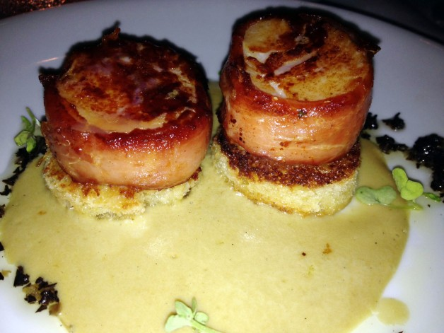 Scallops with foie gras puree